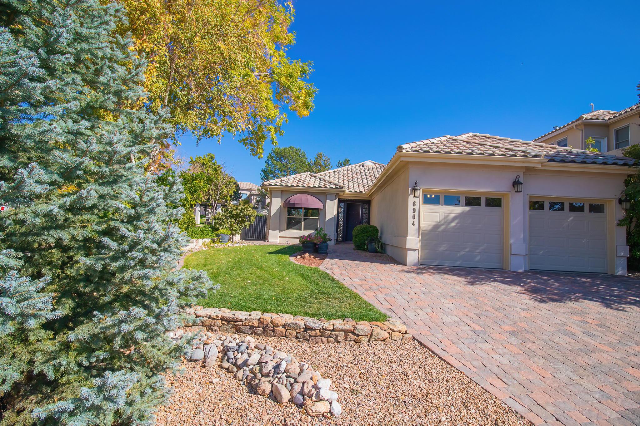 6904 Andalucia NE Property Photo - Albuquerque, NM real estate listing