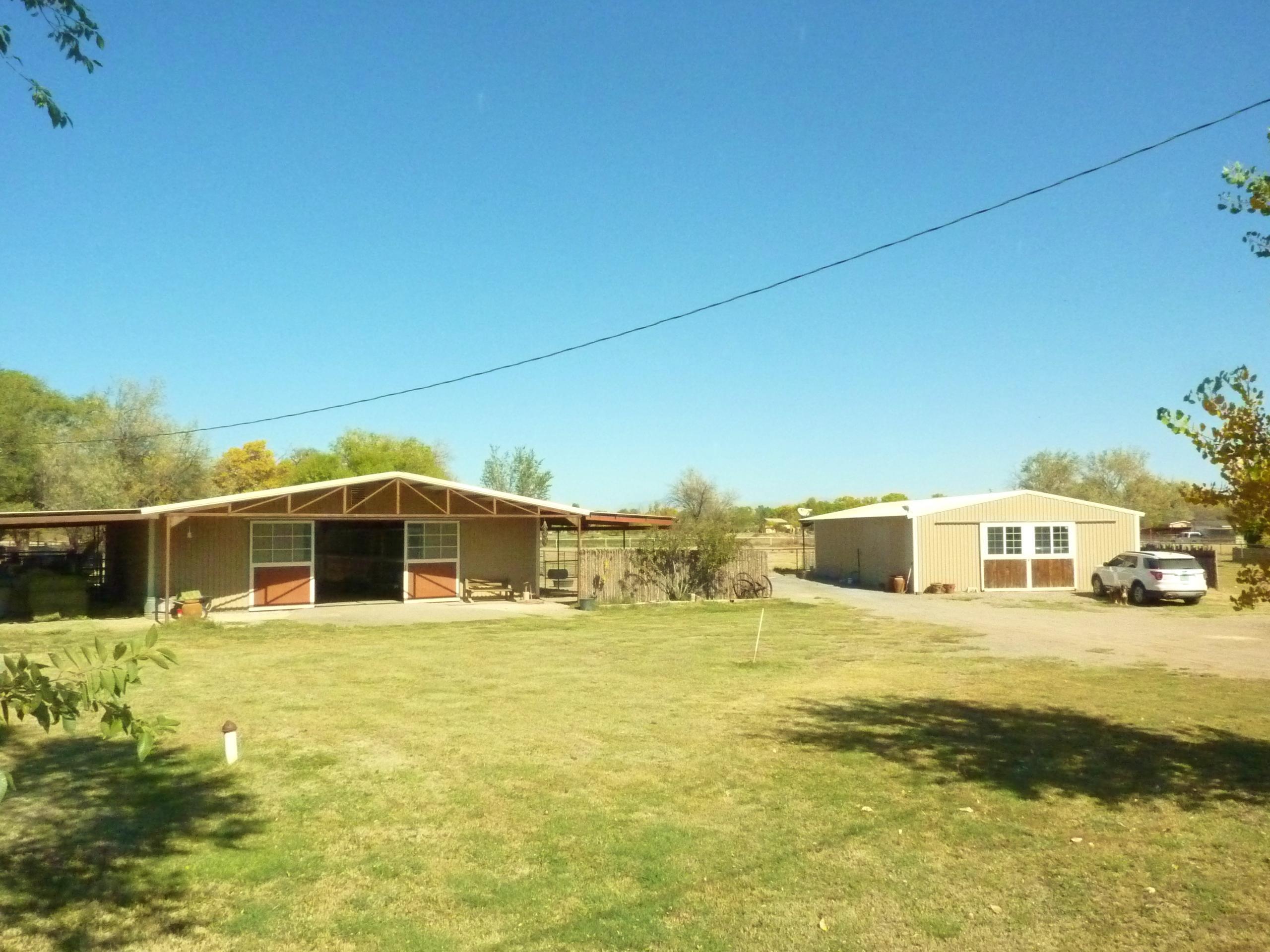82 SUNFLOWER Lane Property Photo - Peralta, NM real estate listing