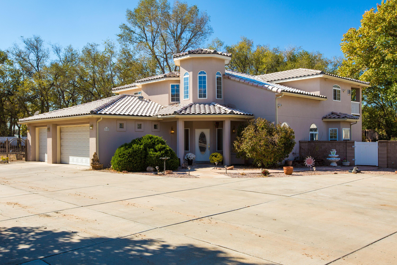 230 LA CIENEGA Lane NW Property Photo - Albuquerque, NM real estate listing