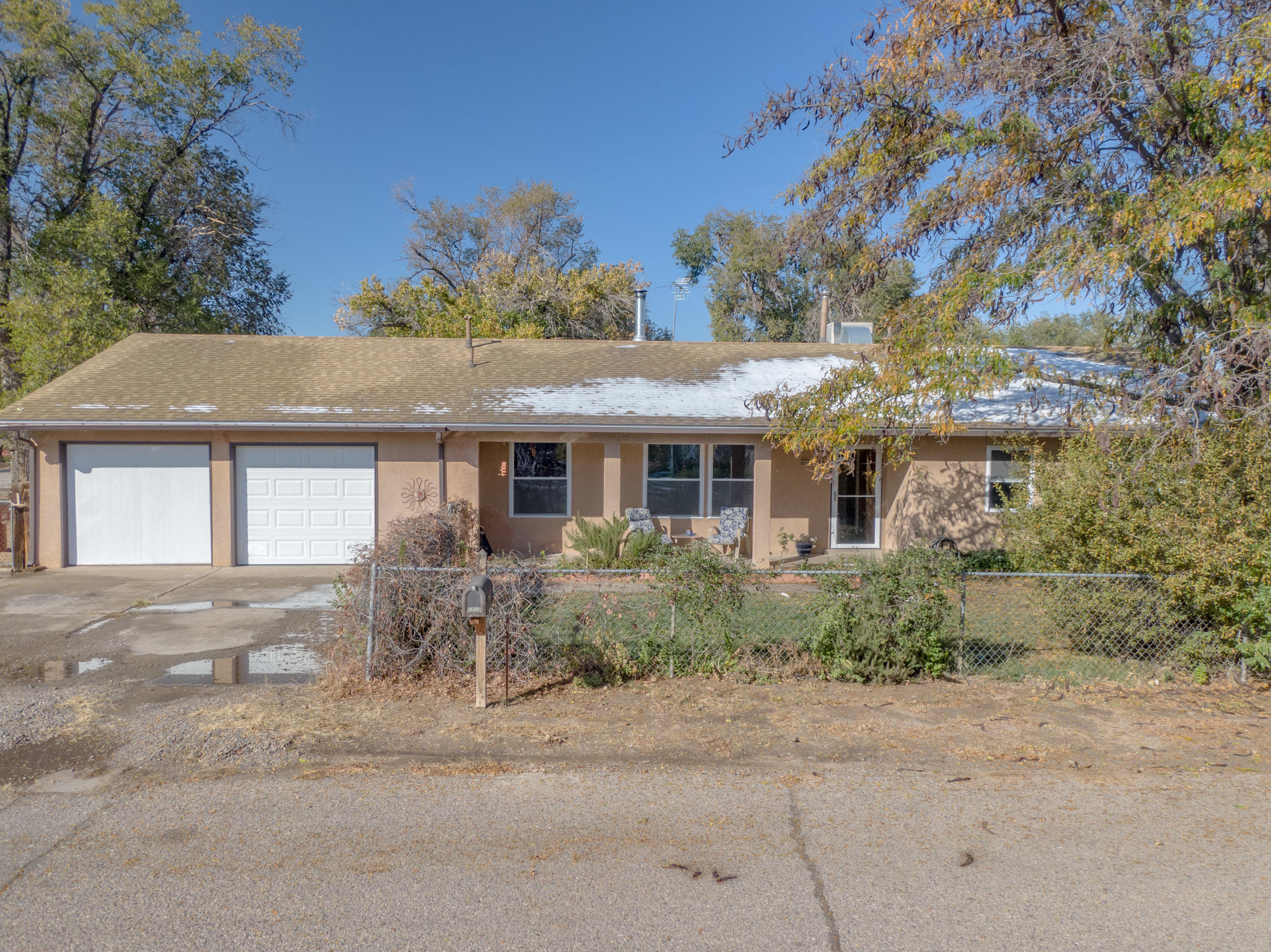 1715 PEARL Loop Property Photo - Bosque Farms, NM real estate listing