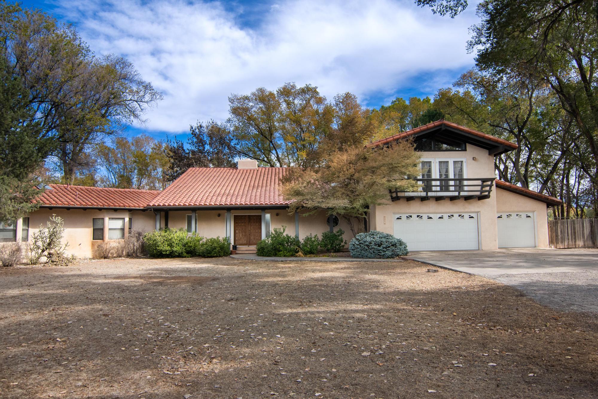 801 La Senda Lane Nw Property Photo