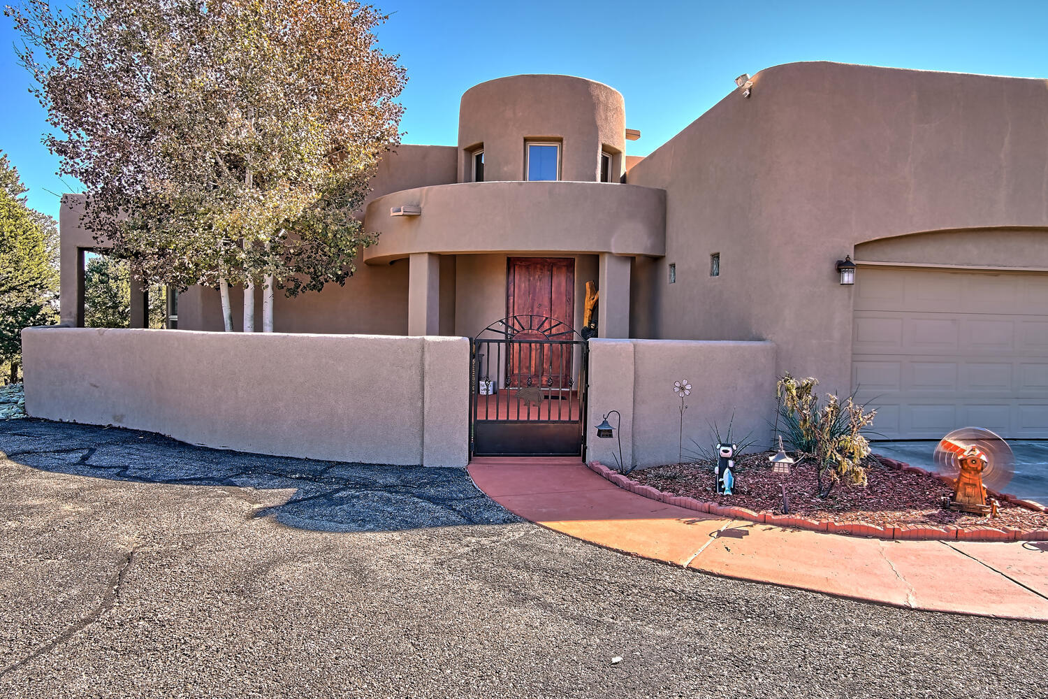 76 WOODLANDS Drive Property Photo - Tijeras, NM real estate listing