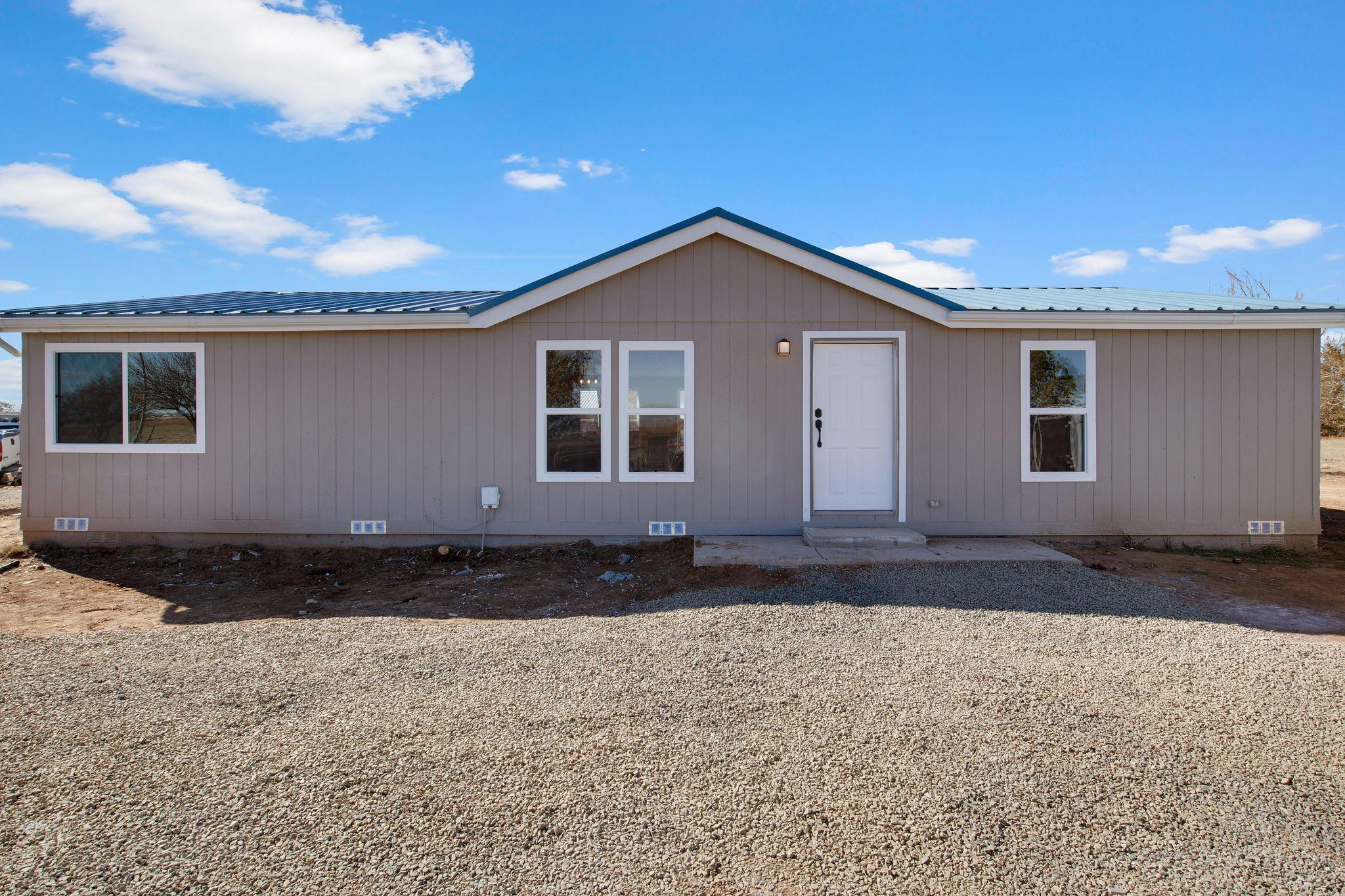 1 WINDSWEPT Drive Property Photo - Moriarty, NM real estate listing