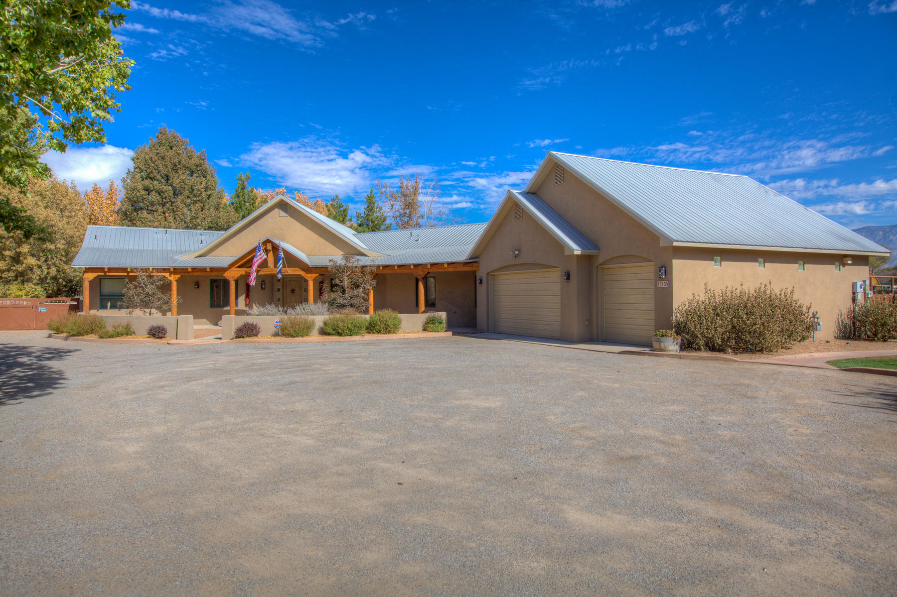 513 ROEHL Road NW Property Photo - Los Ranchos, NM real estate listing