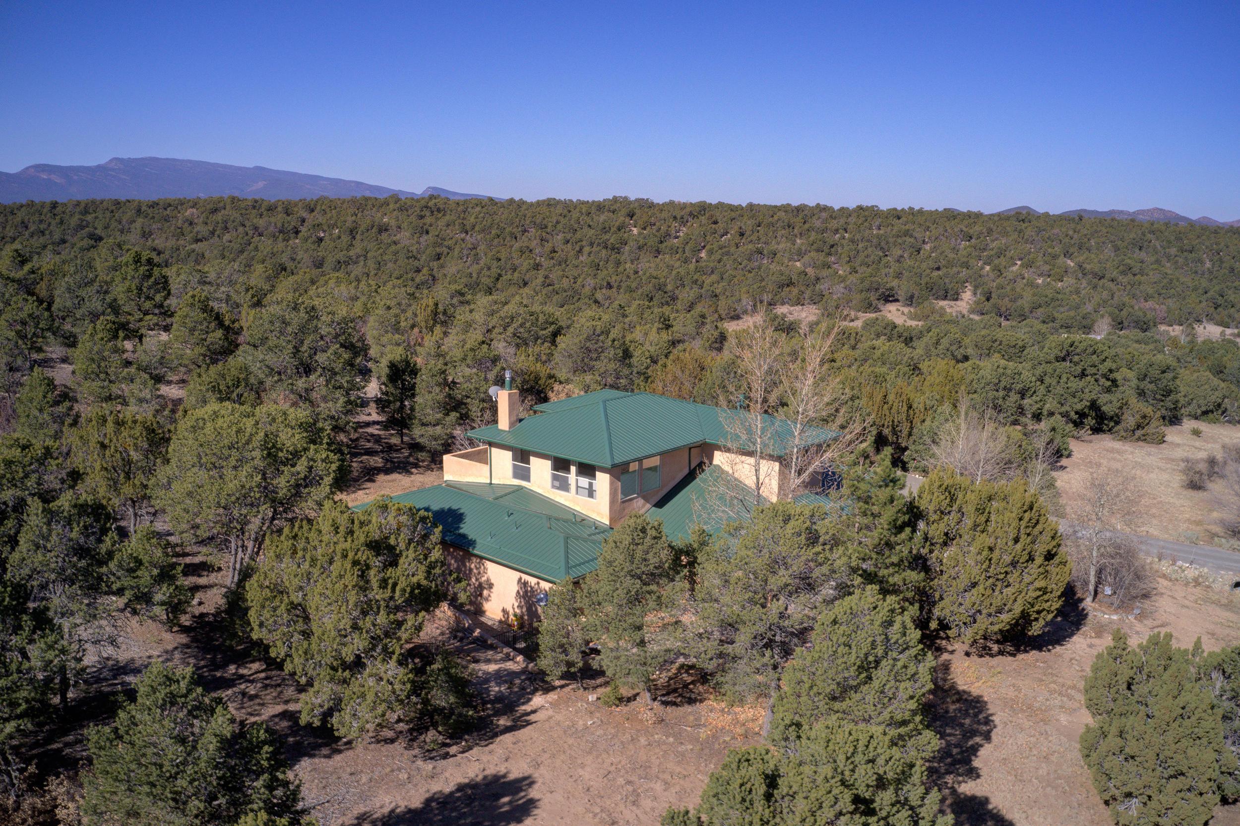 51 Woodlands Drive Property Photo