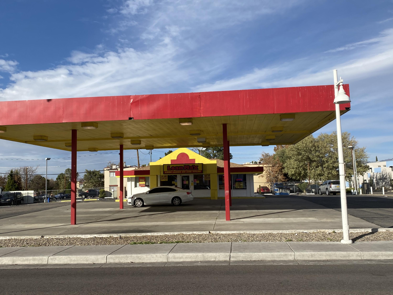 70- Fairgrounds Real Estate Listings Main Image