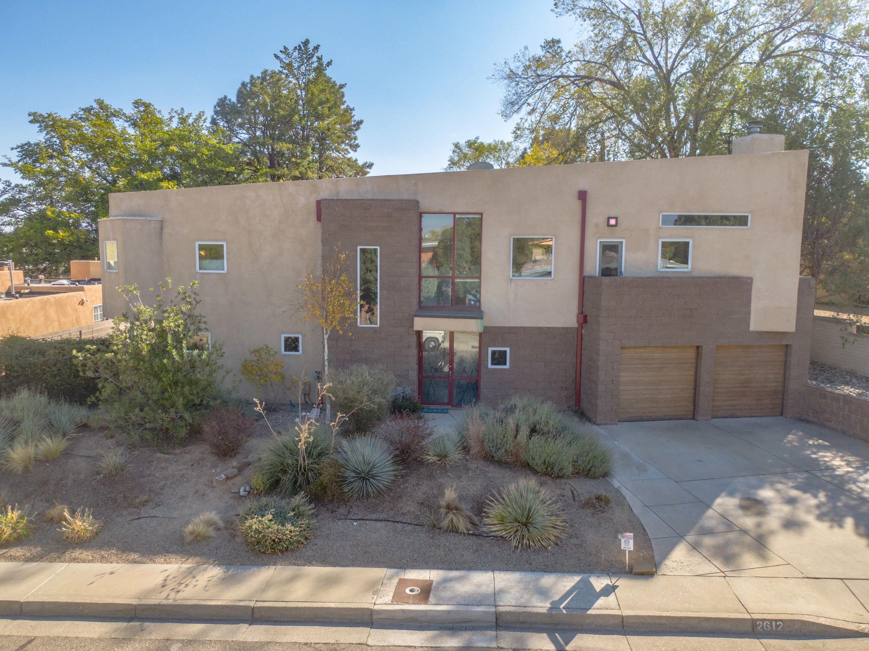2612 VISTA LARGA Avenue NE Property Photo - Albuquerque, NM real estate listing