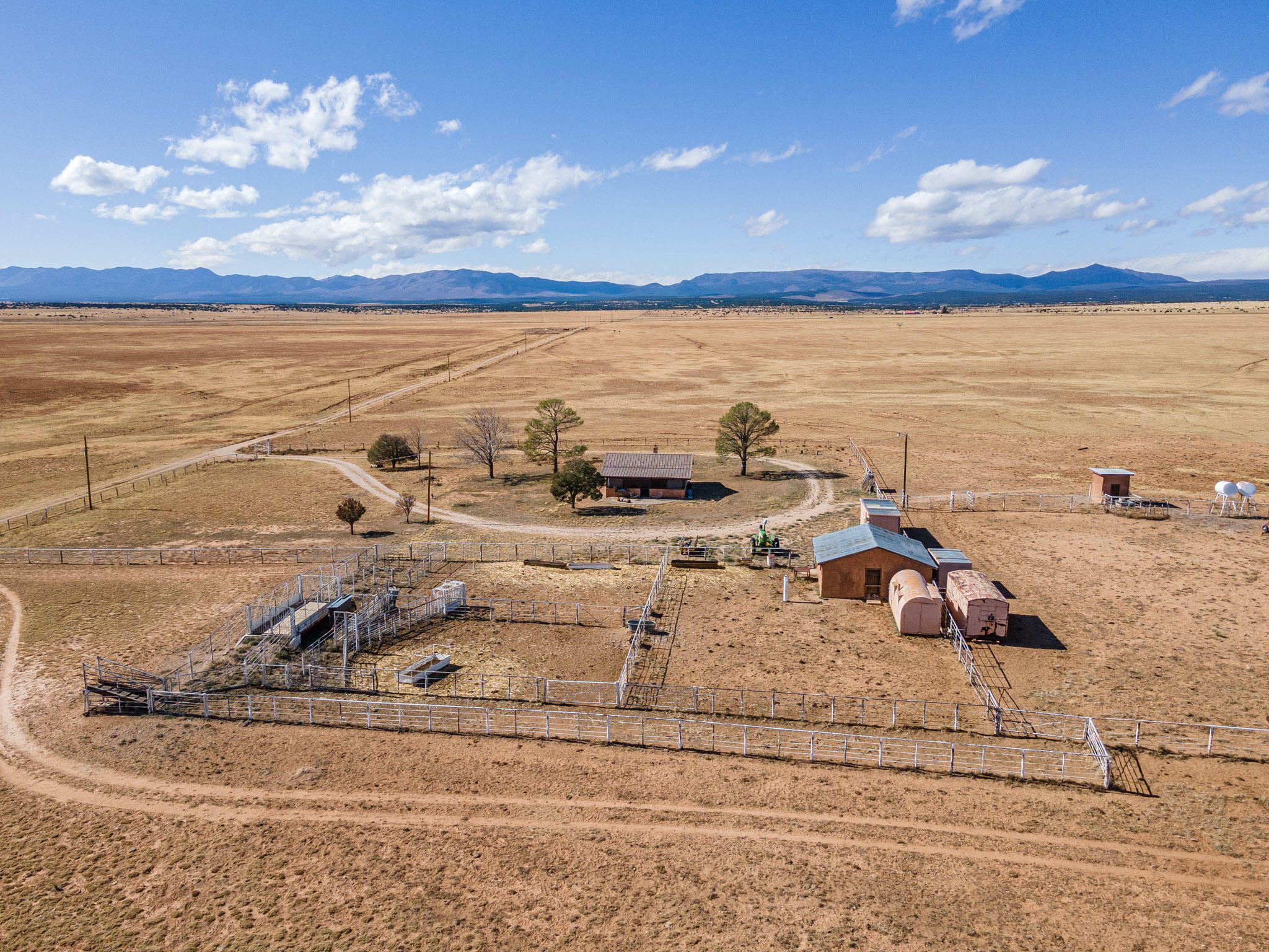 90 RILEY Road Property Photo - Estancia, NM real estate listing