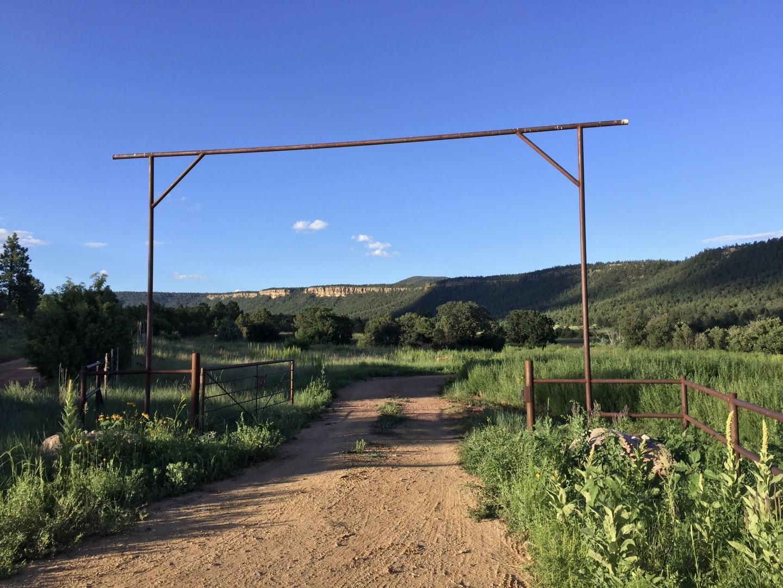 Magic Canyon Park Ranch Property Photo