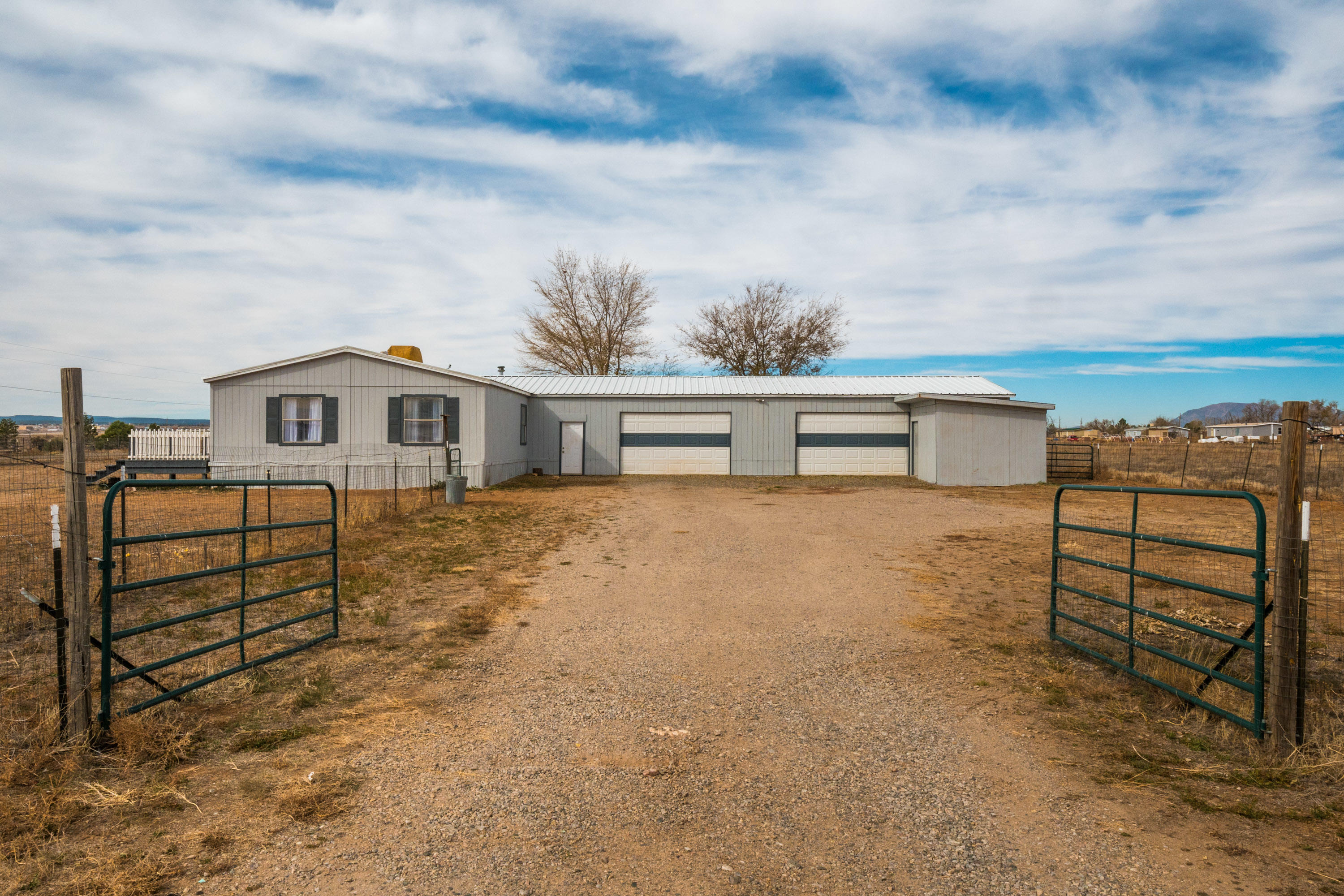 40 MANZANO Street Property Photo - Moriarty, NM real estate listing