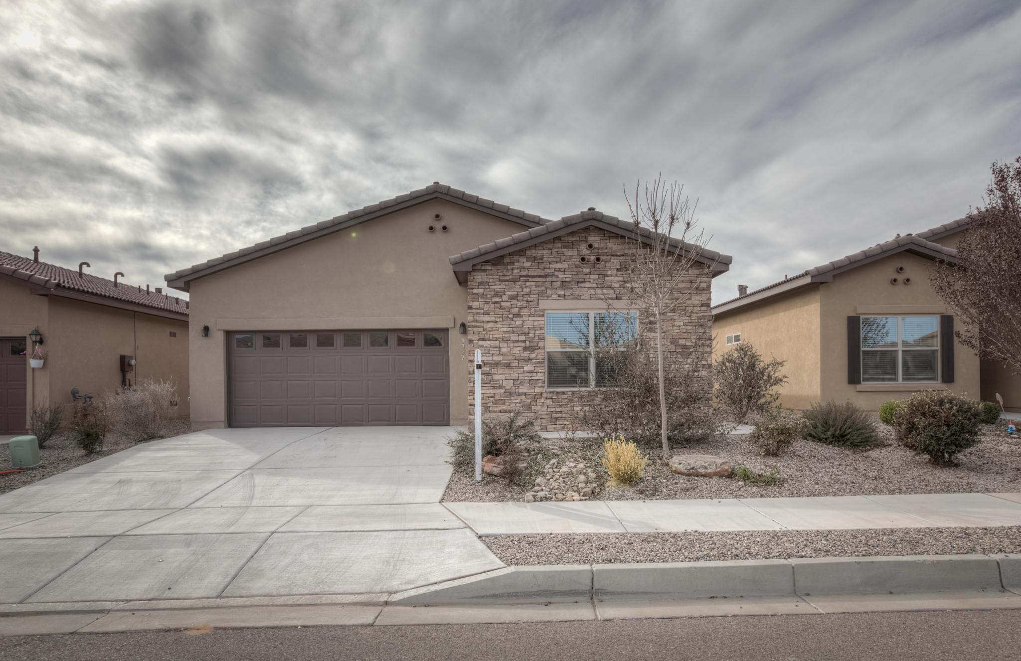 3337 Llano Vista Loop Ne Property Photo