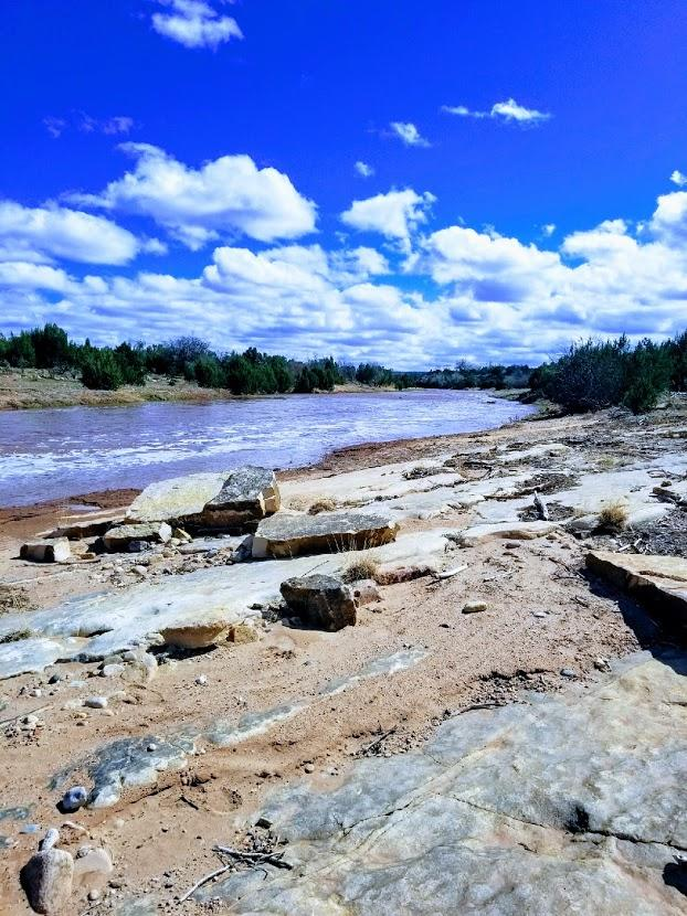 23 Cherokee Drive Property Photo - Tecolotito, NM real estate listing