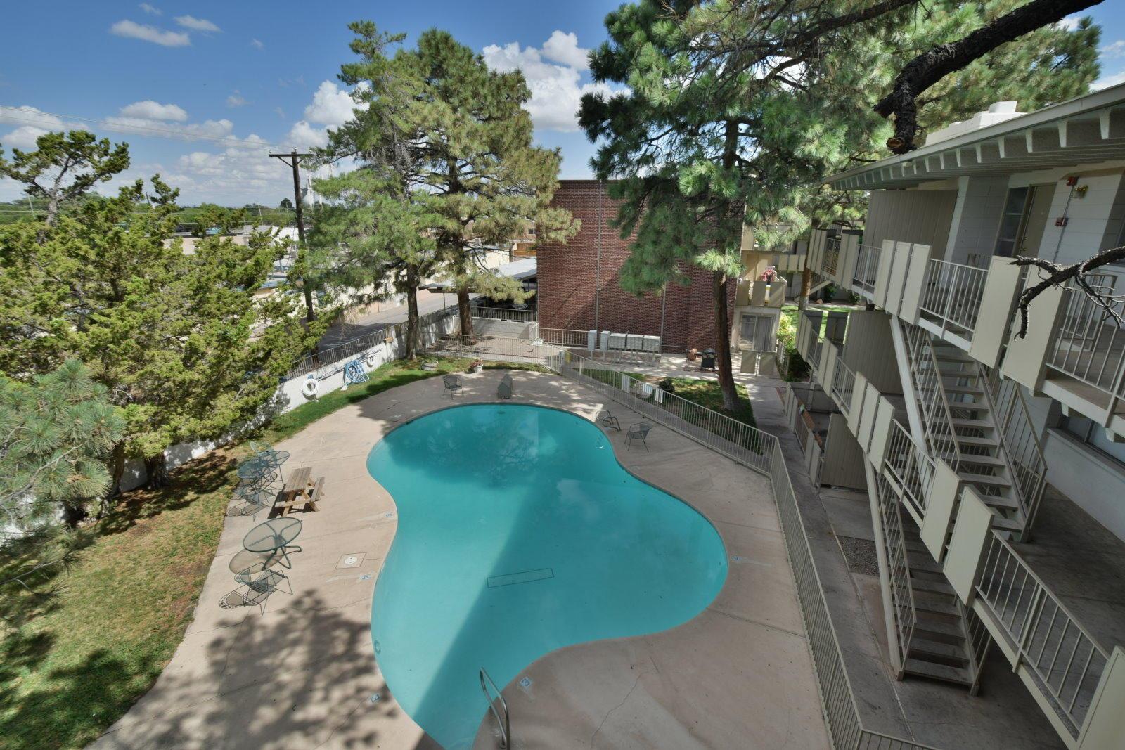 1033 Madeira Drive SE Property Photo - Albuquerque, NM real estate listing