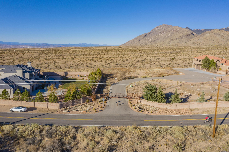 9405 Jillian Trail Ne Property Photo