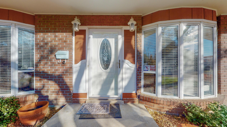 1620 MOON Street NE Property Photo - Albuquerque, NM real estate listing
