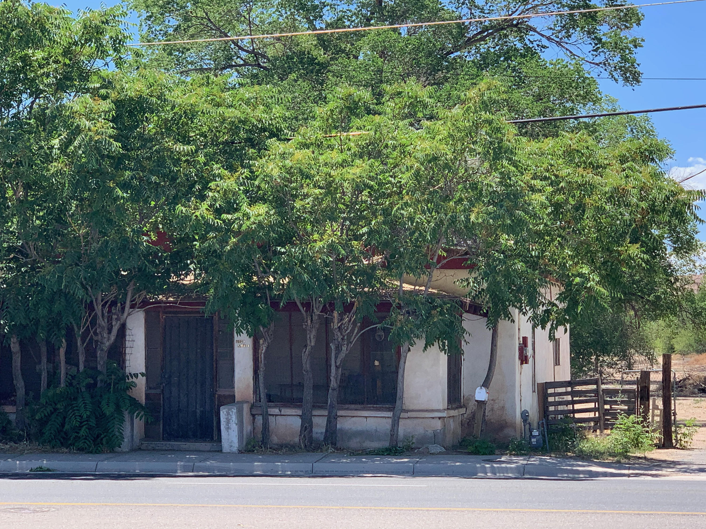 1129 S MAIN Street Property Photo 1