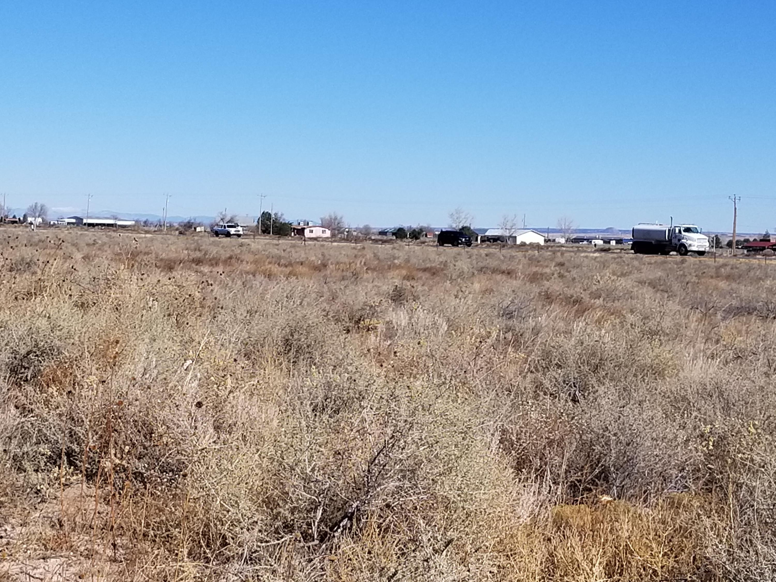 38 Clubhouse Road Property Photo - Moriarty, NM real estate listing