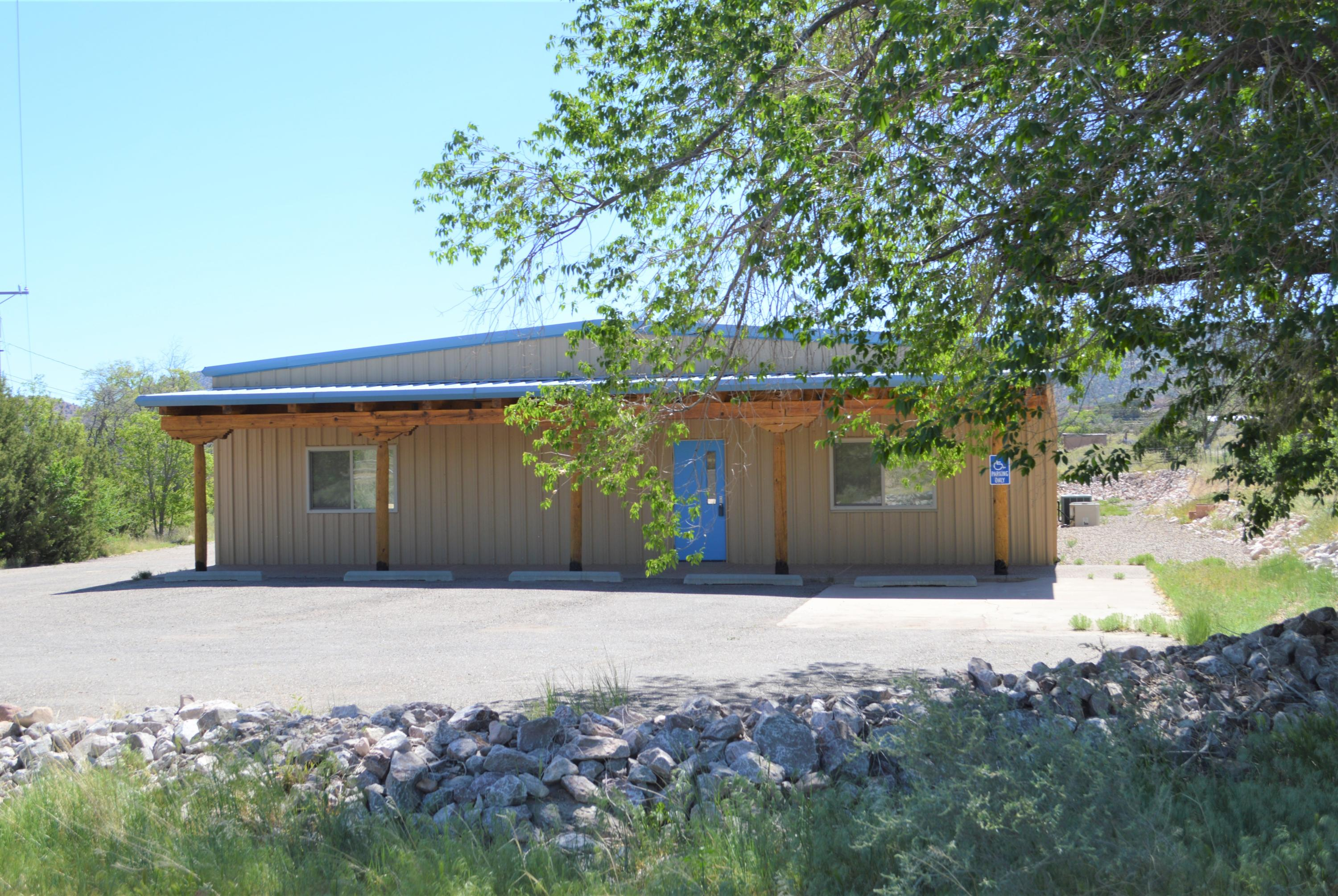 6 CAMINO DE LOS DESMONTES Property Photo - Placitas, NM real estate listing