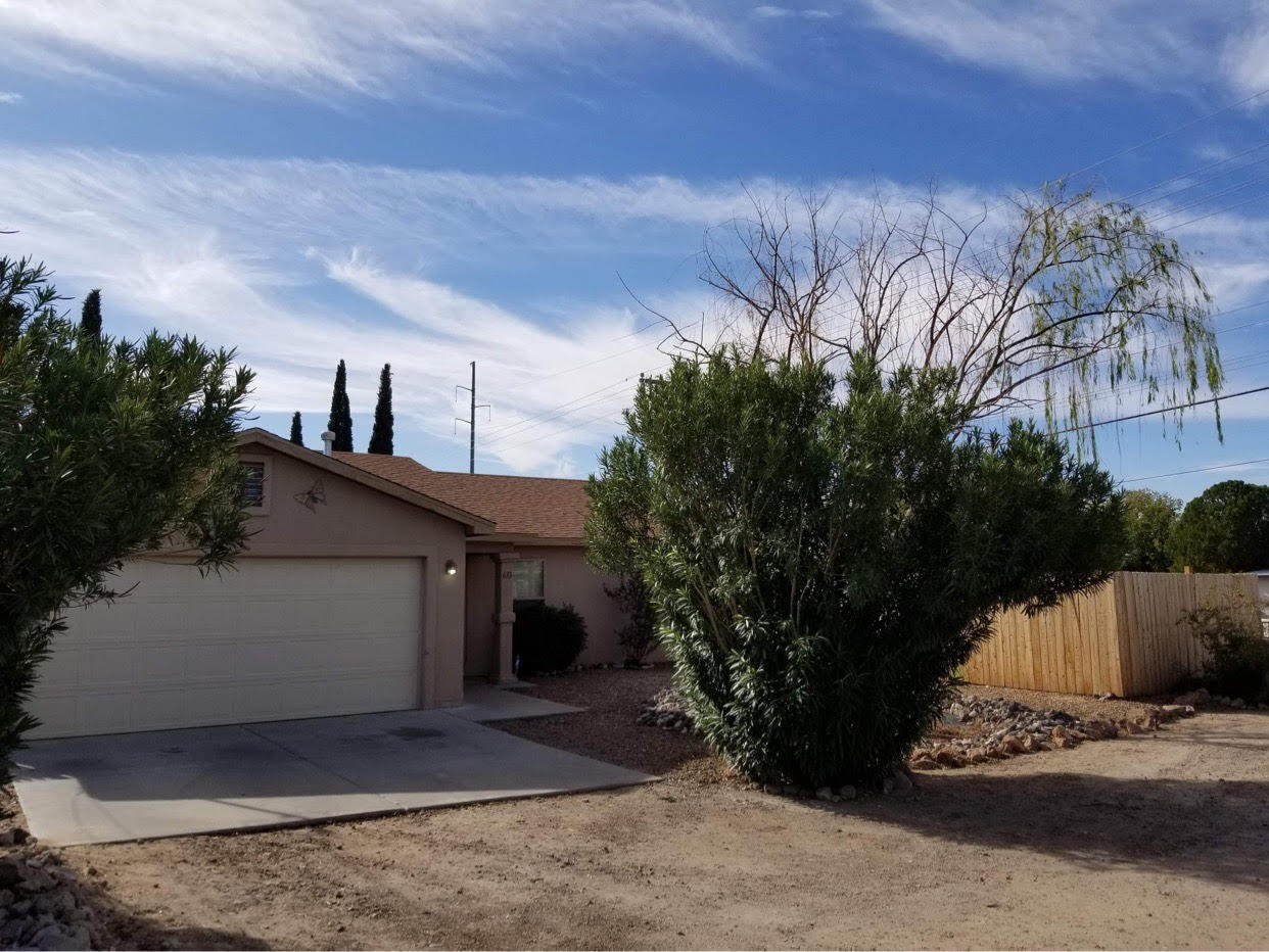 633 S ESPINA Street Property Photo - Las Cruces, NM real estate listing