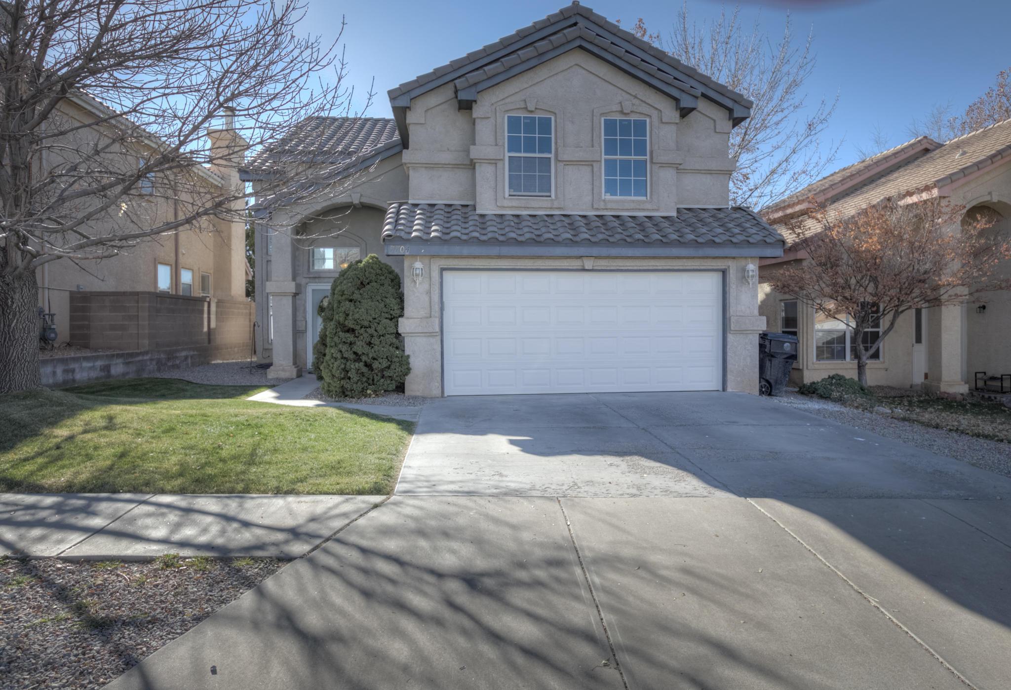 7704 William Moyers Avenue Ne Property Photo