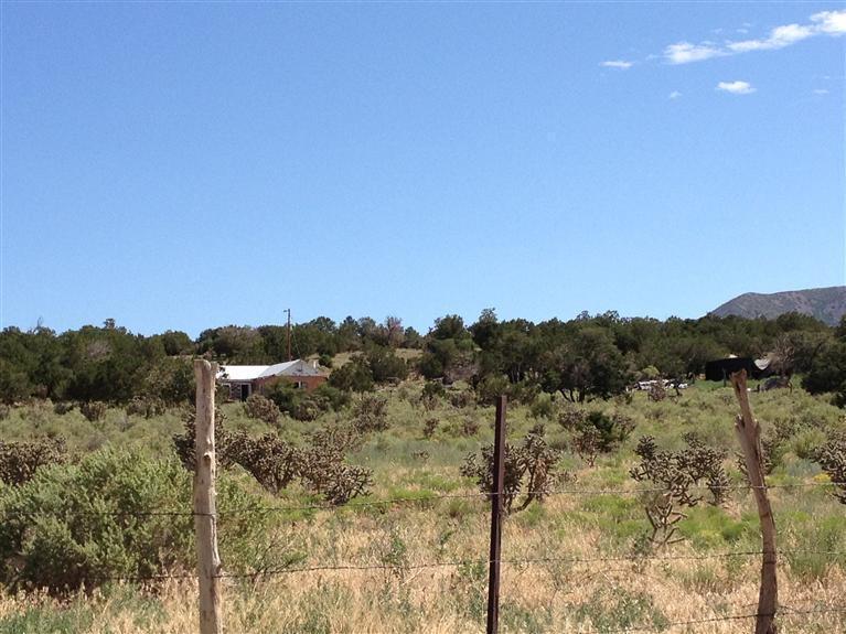 201 Entranosa Road Property Photo