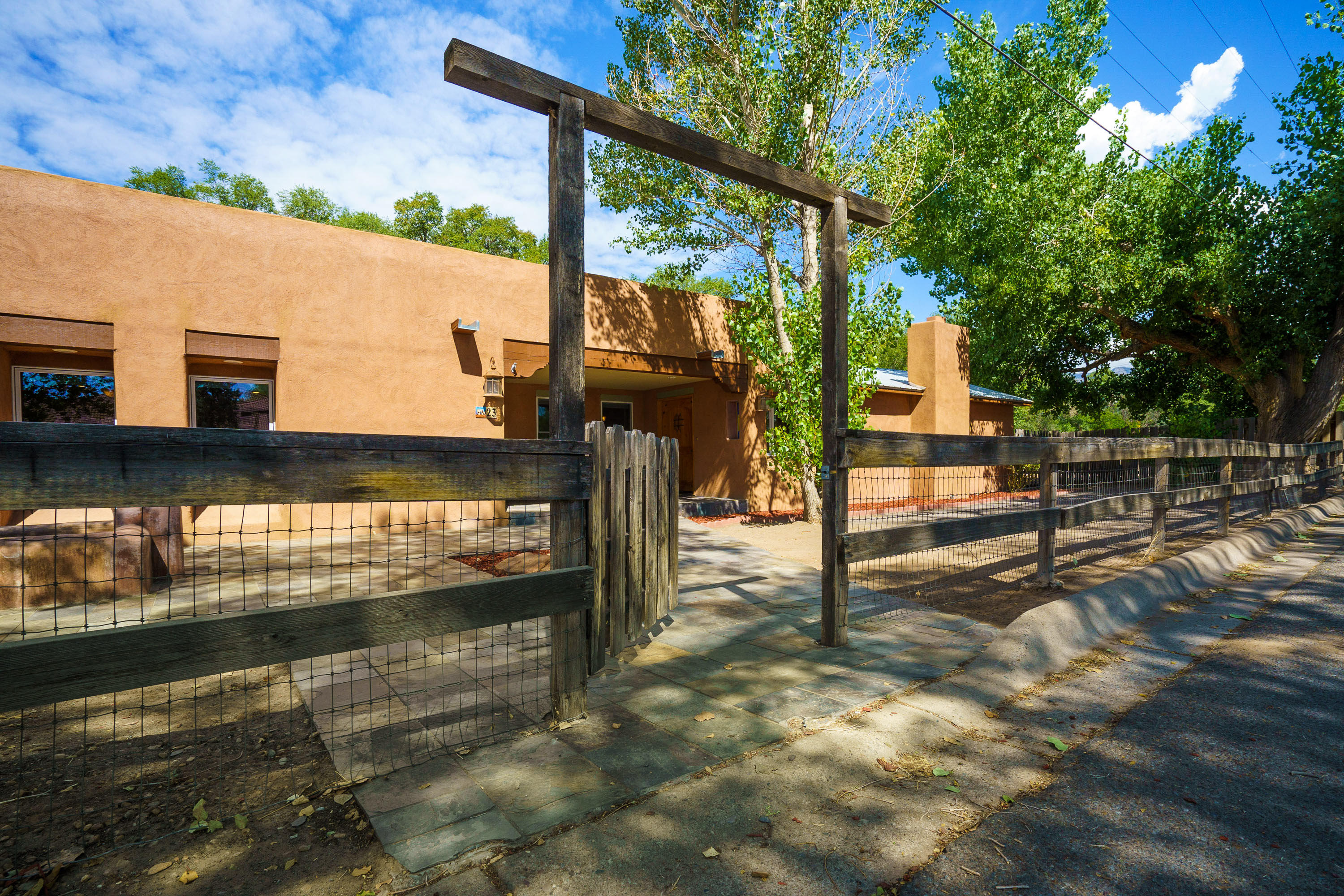 23 ACADEMY Drive Property Photo - Corrales, NM real estate listing
