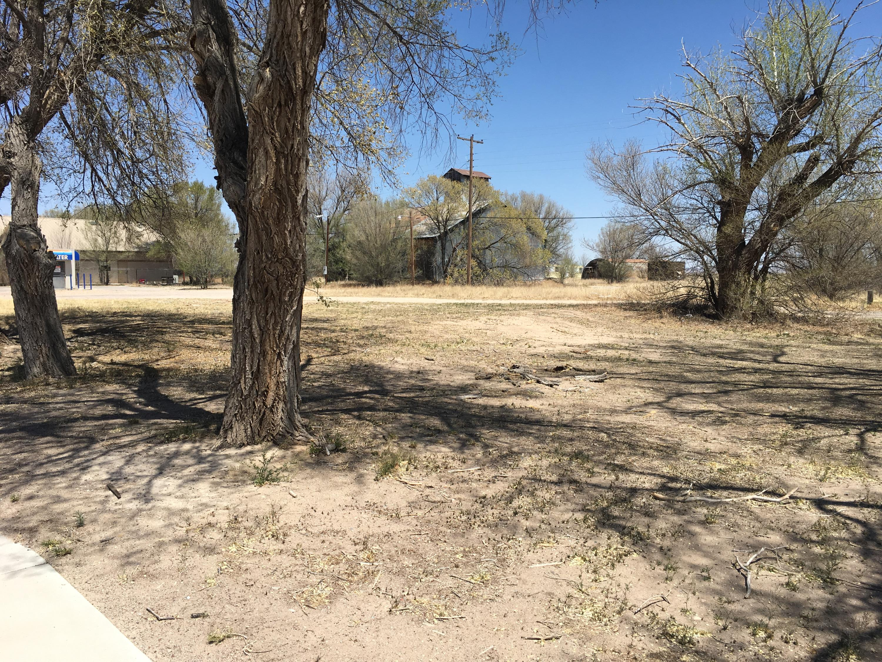 S 5th Avenue Property Photo - Estancia, NM real estate listing