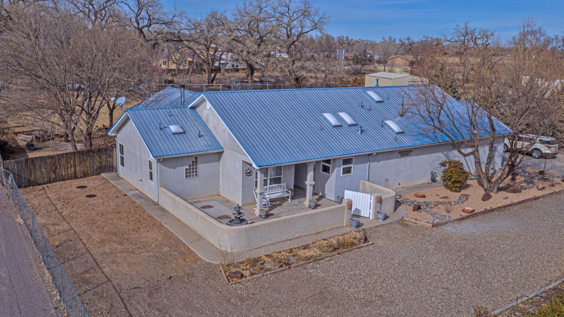11 Dos Locos Property Photo
