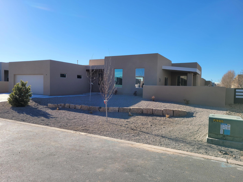 902 Paseo Los Coyotes Property Photo
