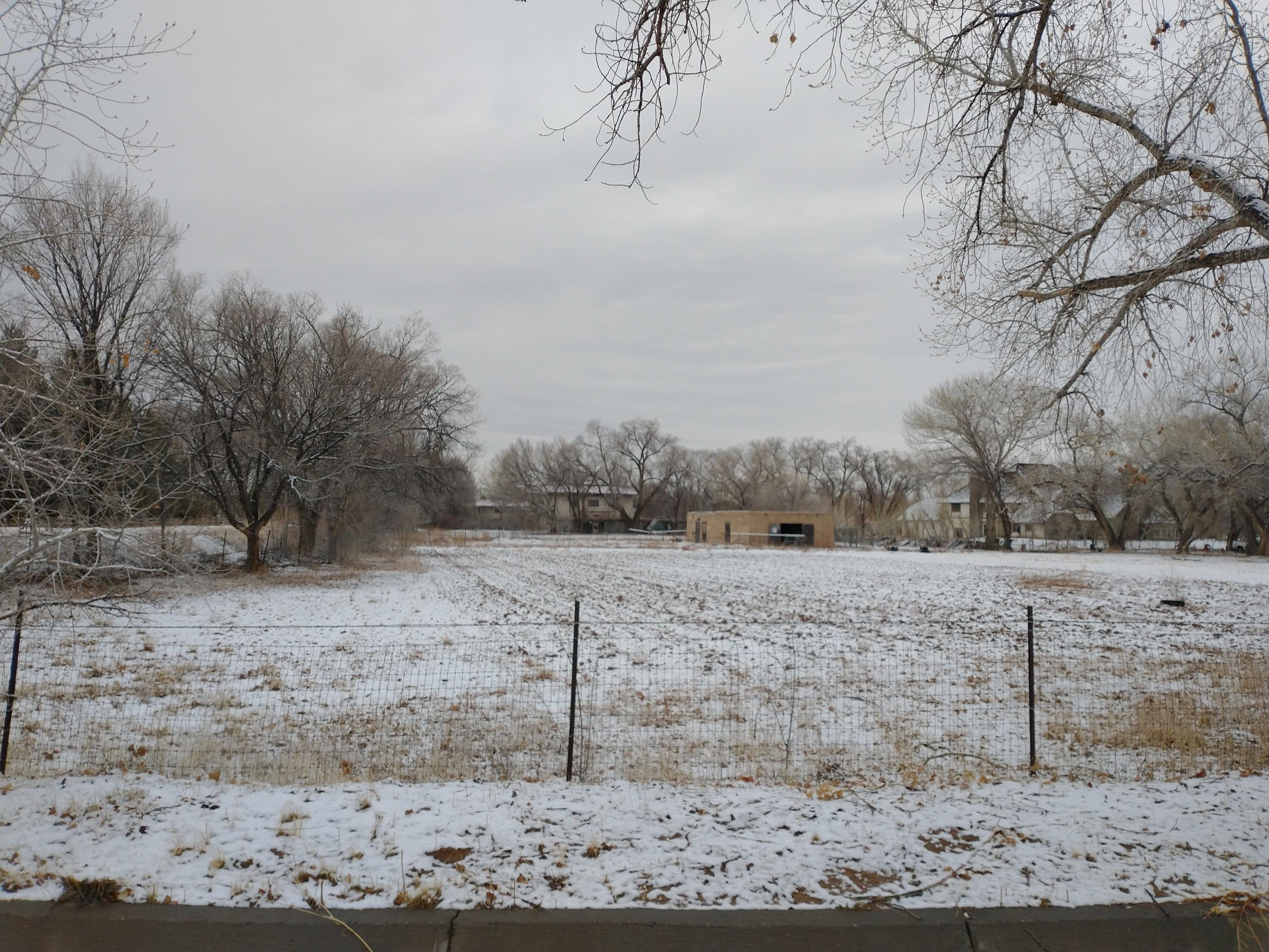 2111 RIO GRANDE Place NW Property Photo - Los Ranchos, NM real estate listing