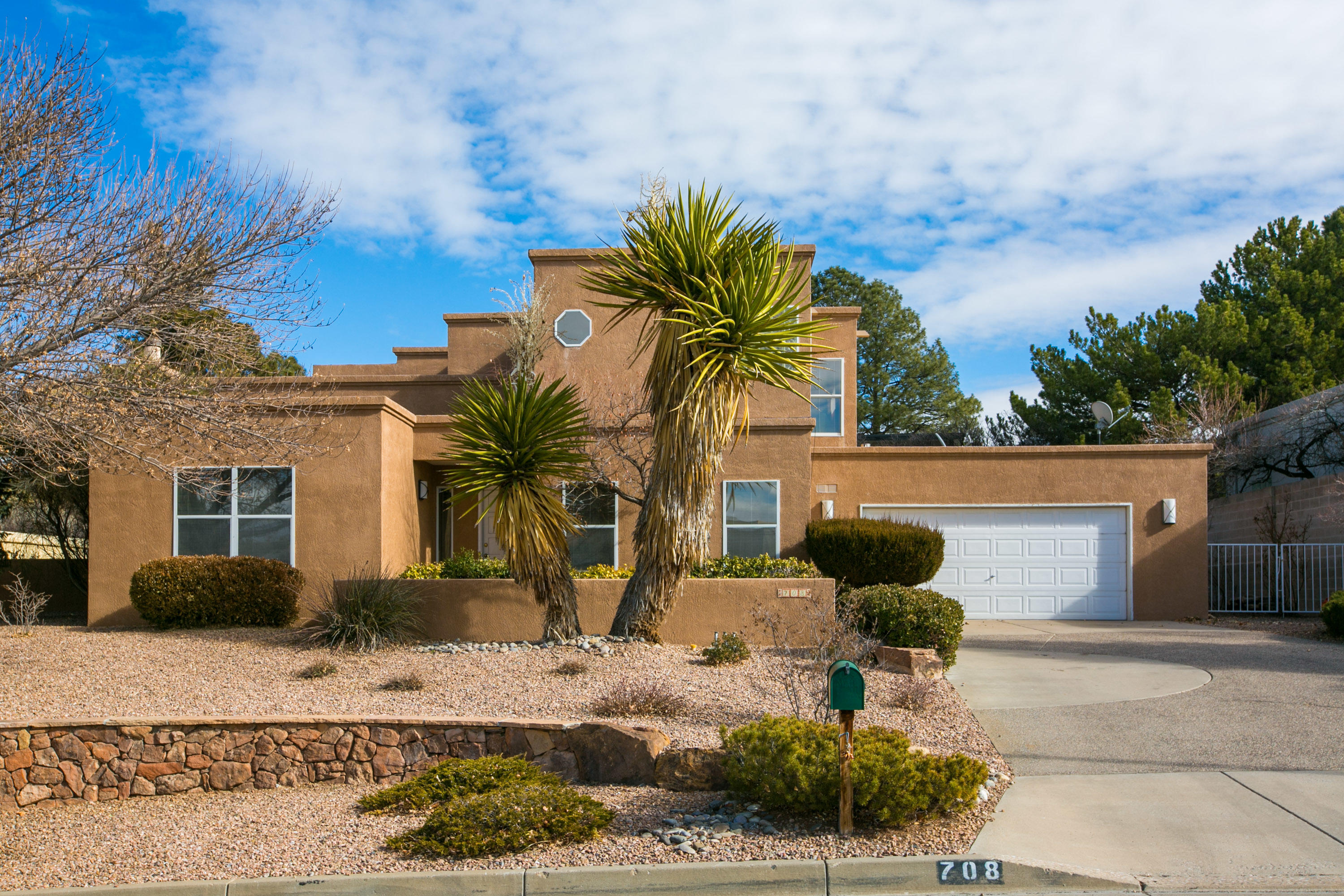 708 KIVA Drive SE Property Photo - Albuquerque, NM real estate listing