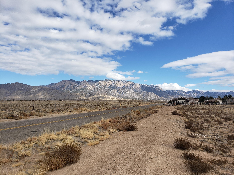 7020 ELENA Drive NE Property Photo - Albuquerque, NM real estate listing
