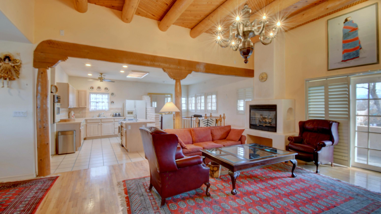87104 Real Estate Listings Main Image