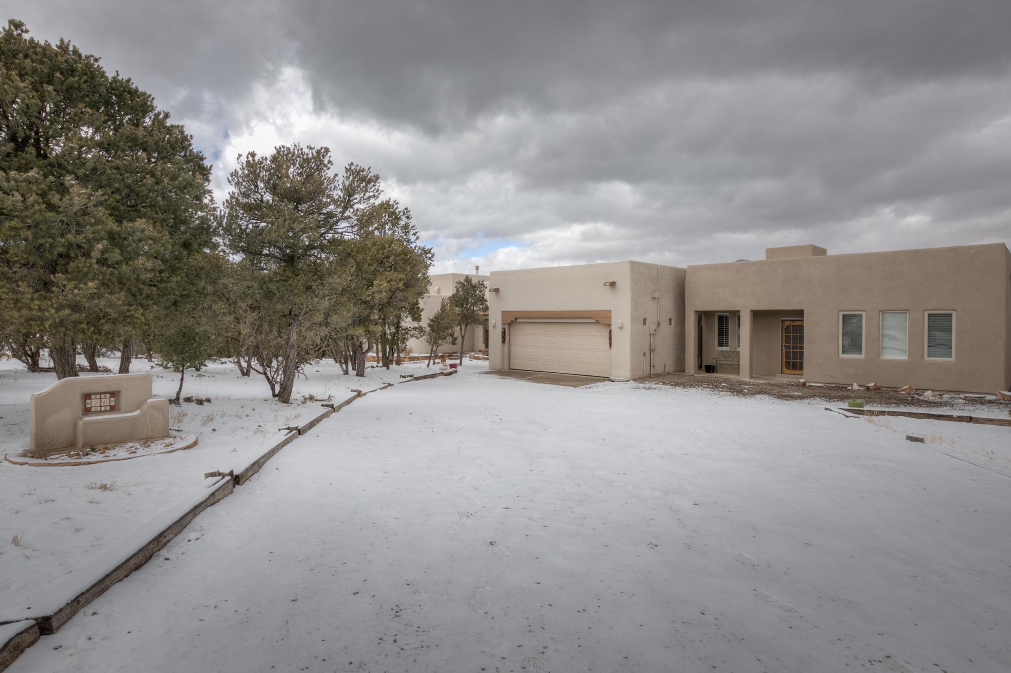 26 Kiva Pl Property Photo - Sandia Park, NM real estate listing