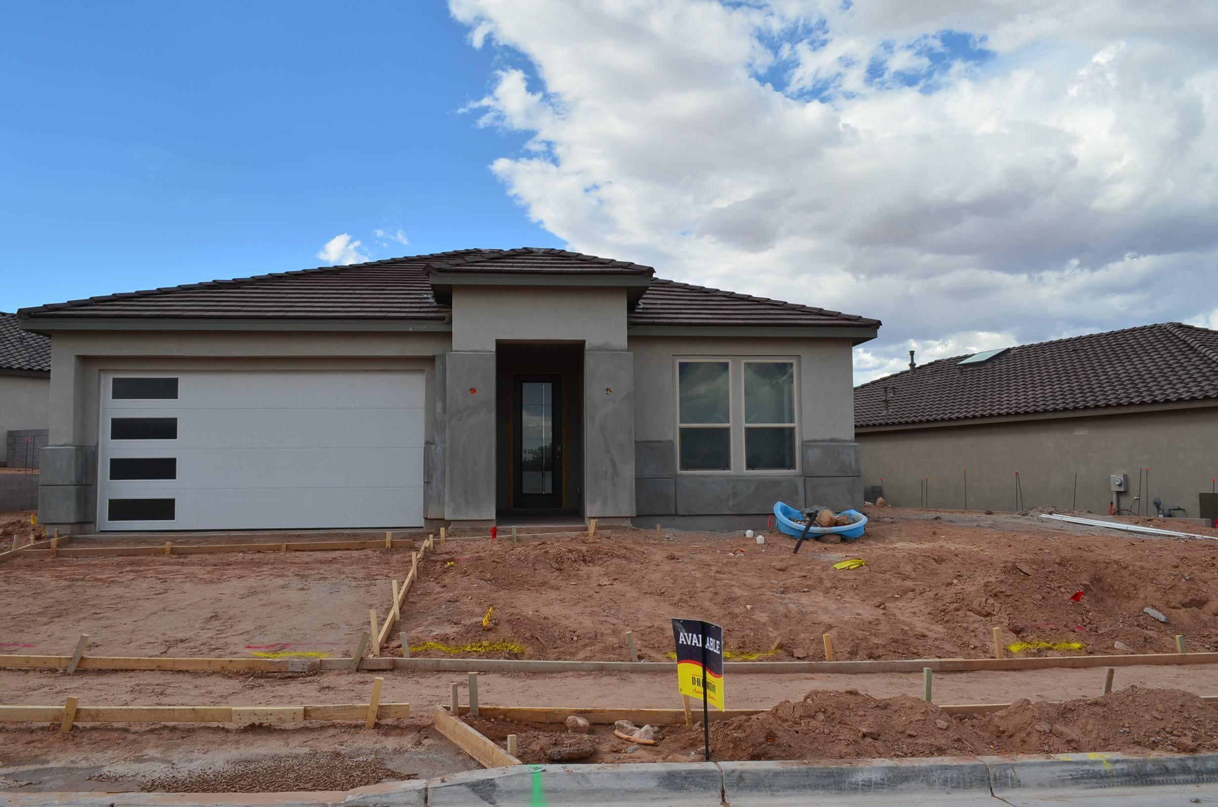 2508 Mccauley Loop Ne Property Photo