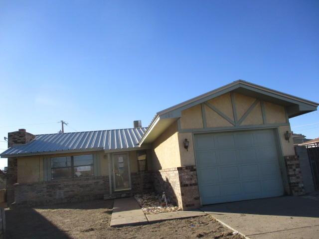 405 N 9TH Street Property Photo - Carlsbad, NM real estate listing