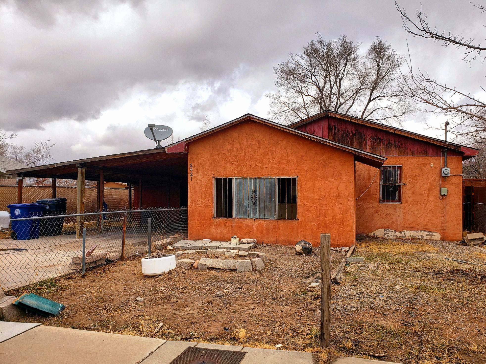 2421 EDNA Avenue NW Property Photo - Albuquerque, NM real estate listing
