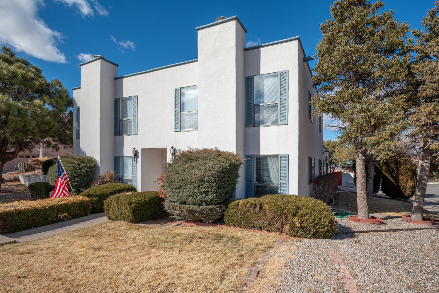 14319 MARQUETTE Drive NE Property Photo - Albuquerque, NM real estate listing