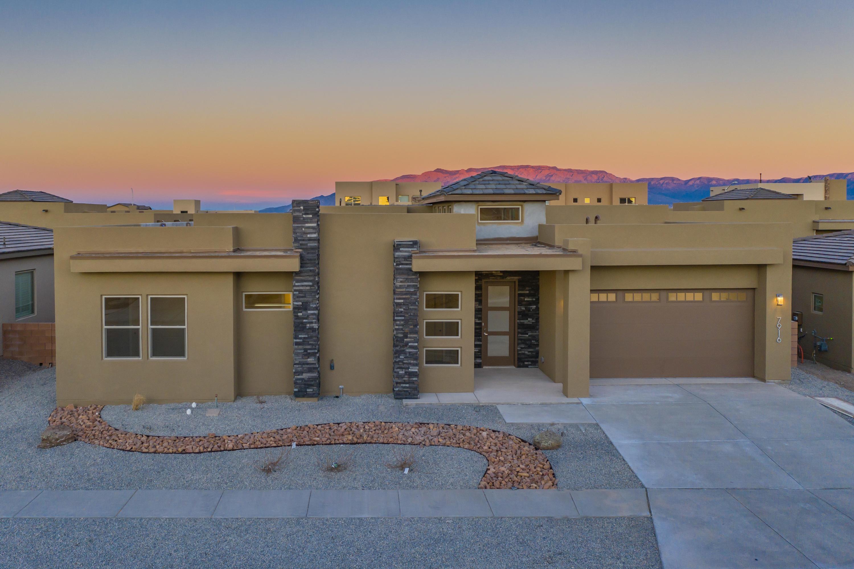 7916 TIBURON HILLS Drive NW Property Photo - Albuquerque, NM real estate listing