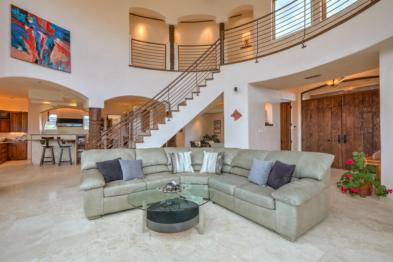 10910 Ranchitos Avenue NE Property Photo - Albuquerque, NM real estate listing