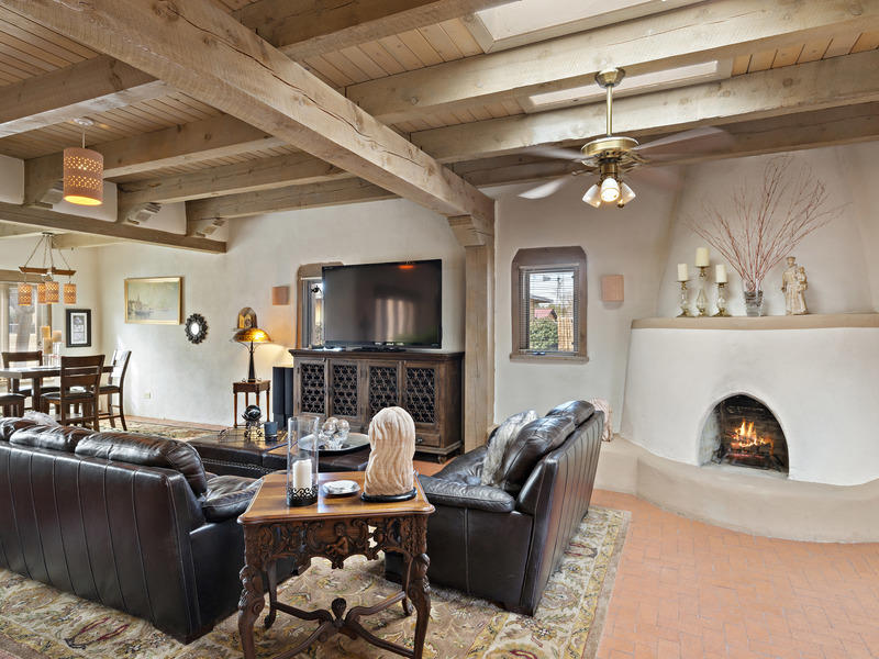 9129 Guadalupe Trail NW Property Photo - Albuquerque, NM real estate listing