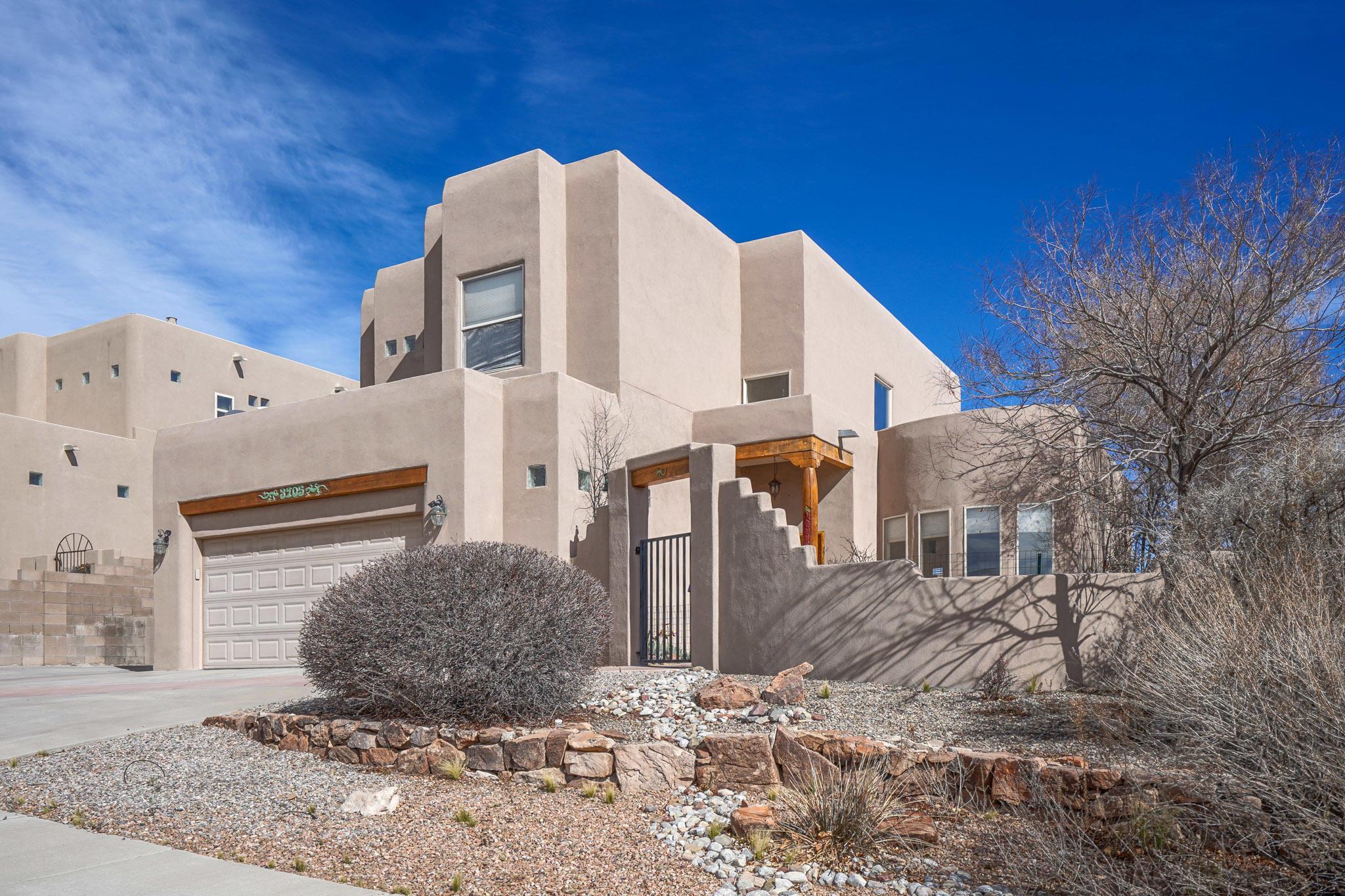 3905 BRYAN Avenue NW Property Photo - Albuquerque, NM real estate listing