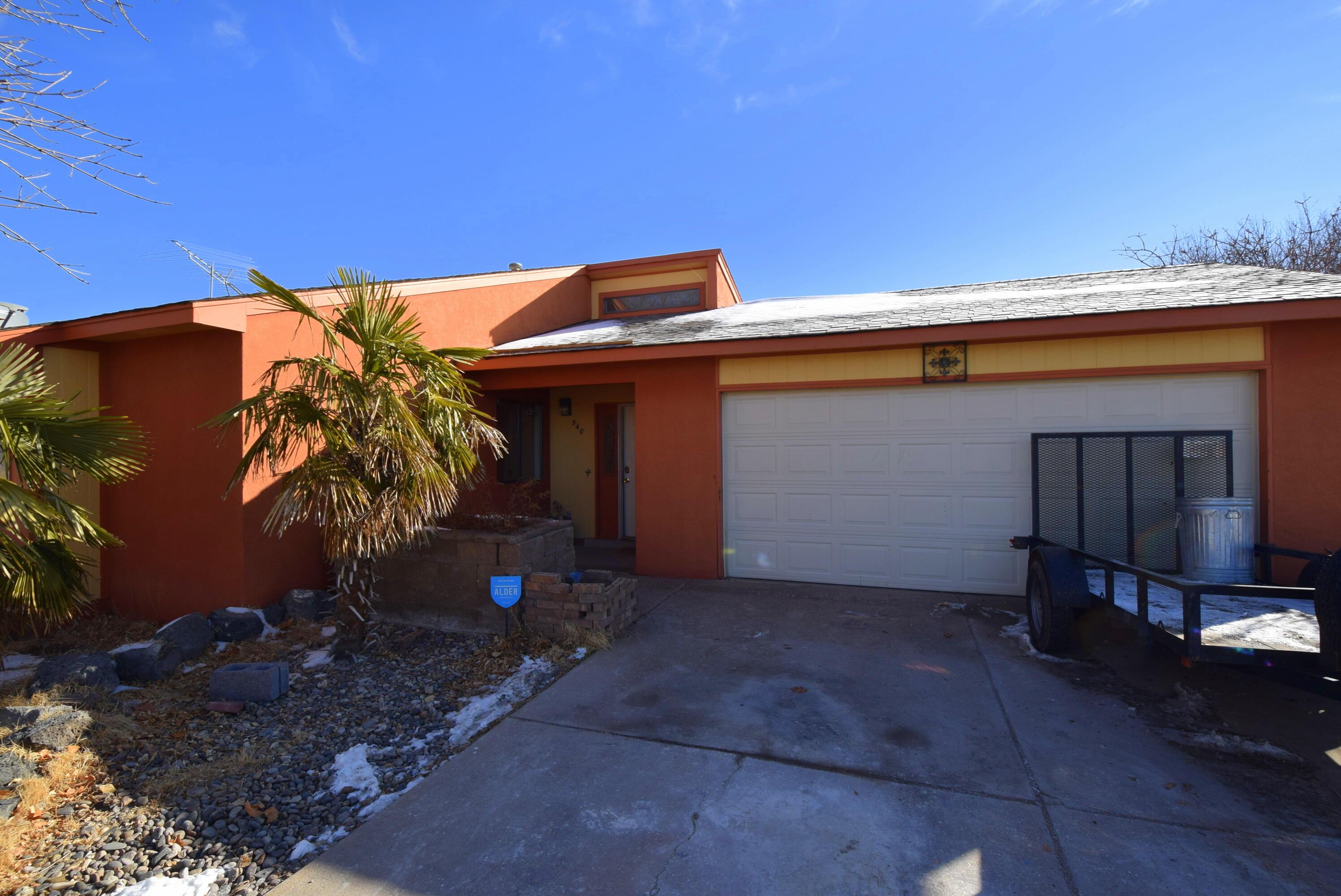 540 CASPER Road SE Property Photo 1