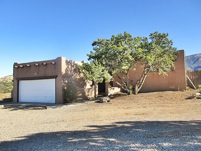 18 HOMESTEADS Road Property Photo - Placitas, NM real estate listing