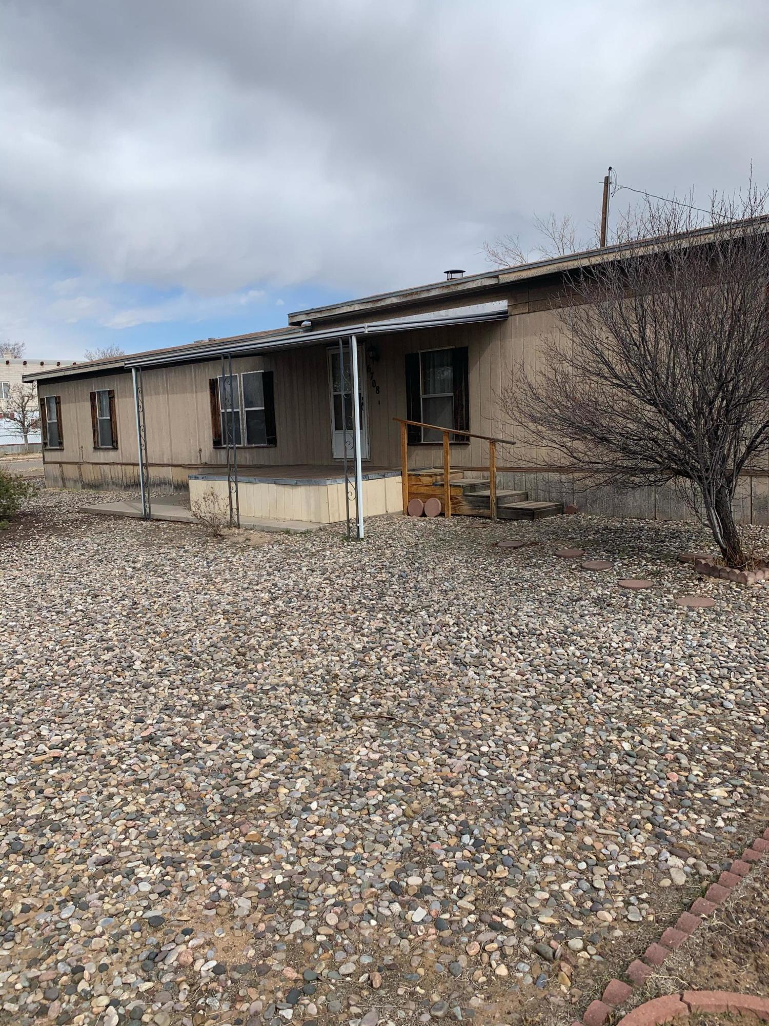 6708 SIESTA Place NE Property Photo - Albuquerque, NM real estate listing