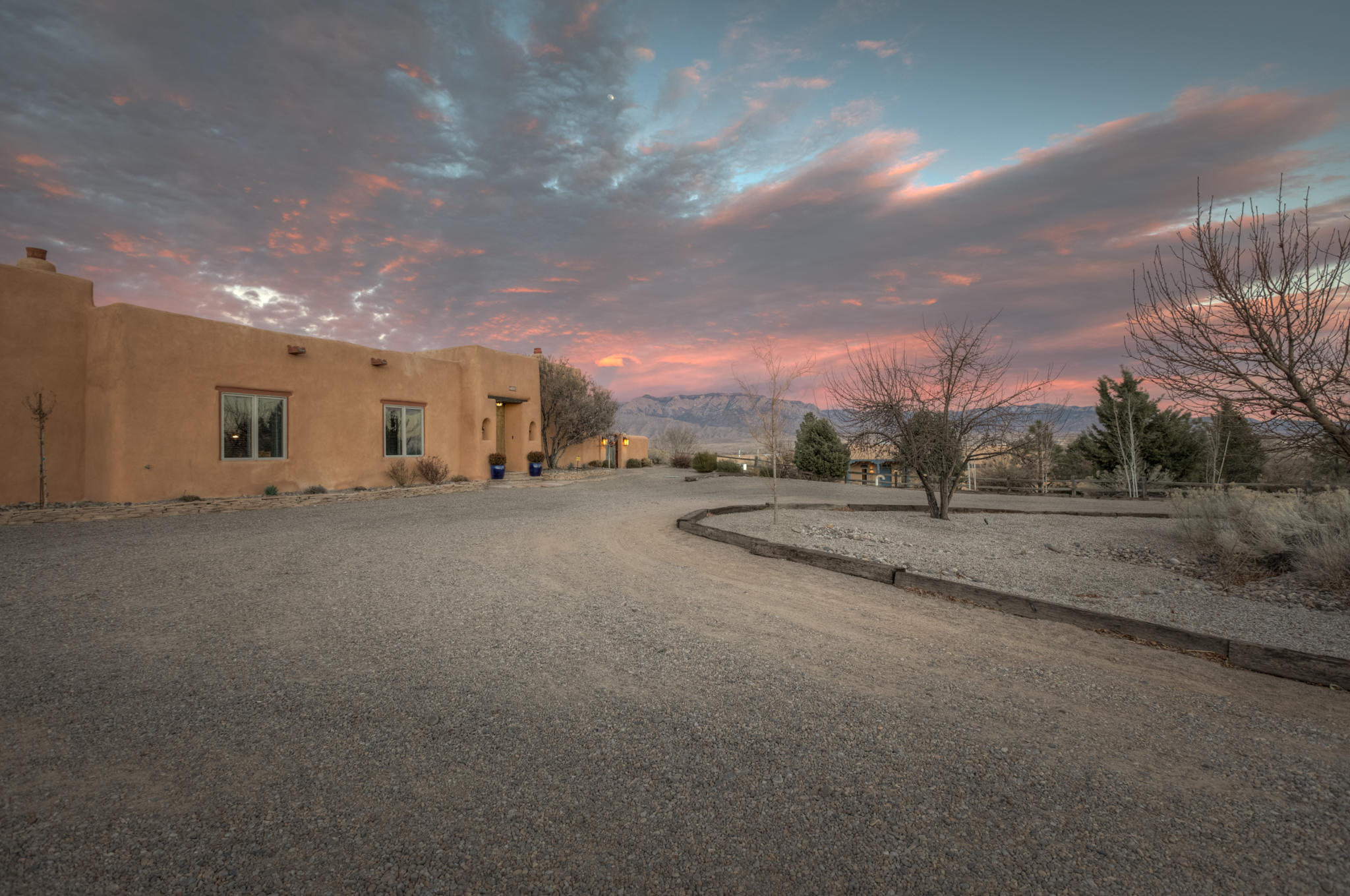 560 CIELO AZUL Road Property Photo - Corrales, NM real estate listing