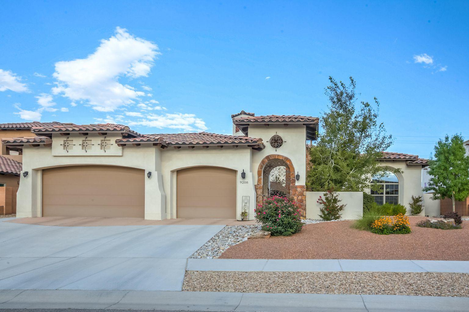 9208 LEXIE Lane NE Property Photo - Albuquerque, NM real estate listing