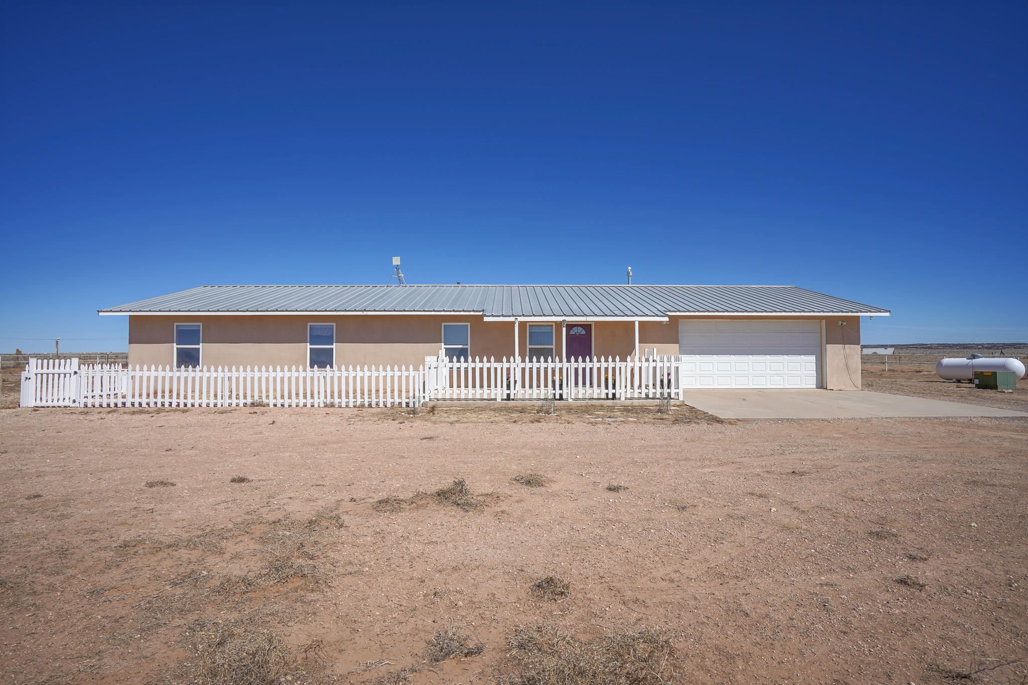 321 WHITE LAKES Road Property Photo - Stanley, NM real estate listing