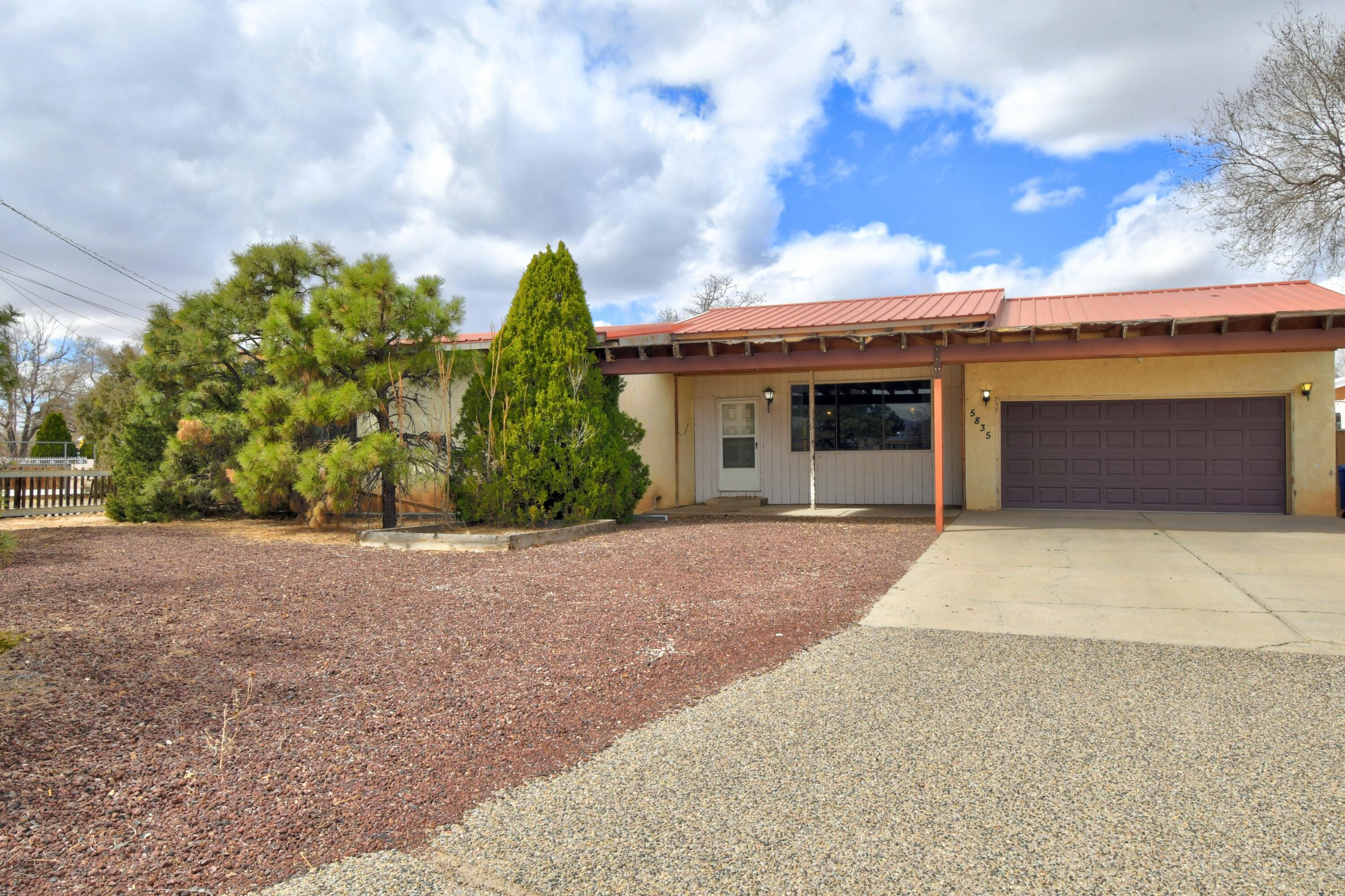 5835 GUADALUPE Trail NW Property Photo - Albuquerque, NM real estate listing