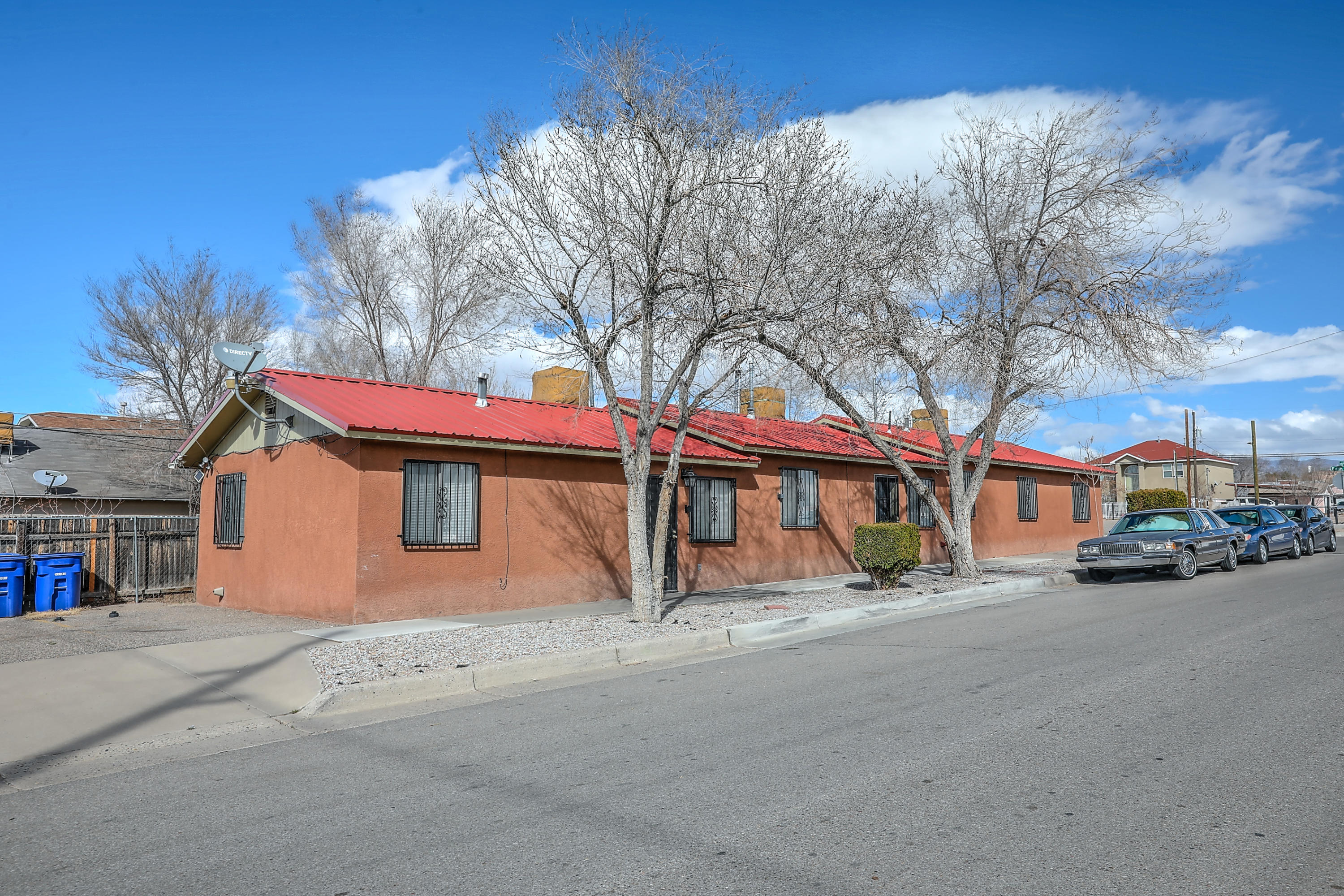 1423 EDITH Boulevard SE Property Photo - Albuquerque, NM real estate listing